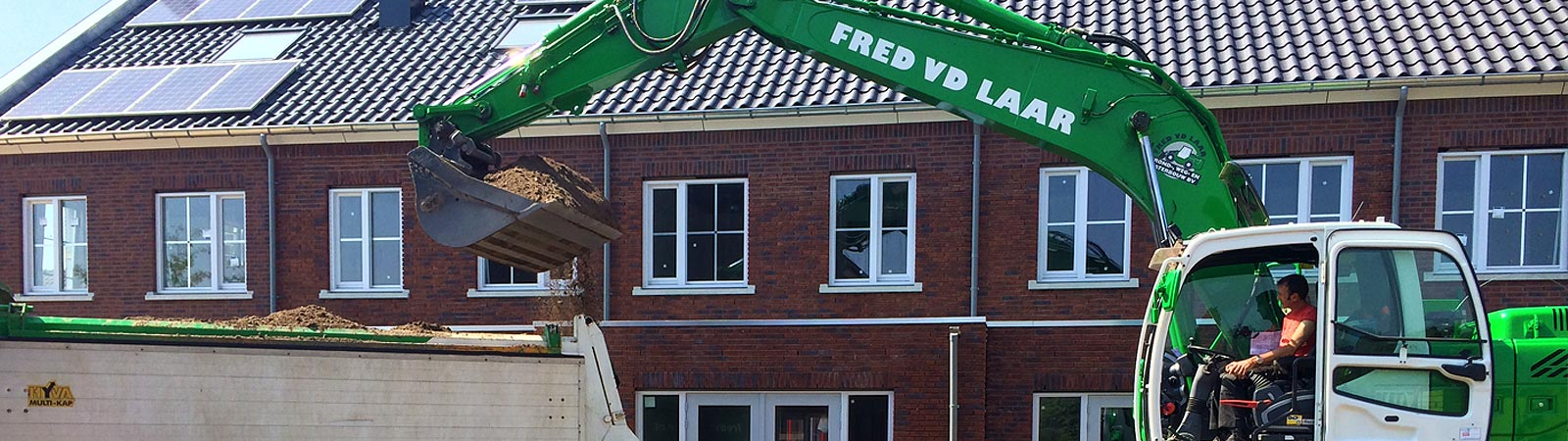 Nieuwbouw woningen grondverzet Fred van de Laar Grond-, weg- en waterbouw door Fred van de Laar BV uit Sint-Oedenrode uit Sint-Oedenrode